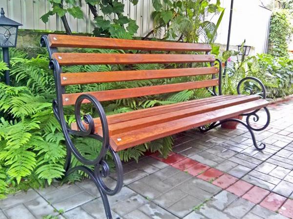 Скамейка «Скамейка с перилами ‑ 1,5м»